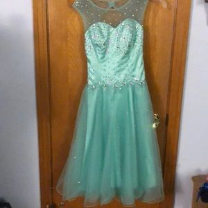 Other - Stunning Mint green dress